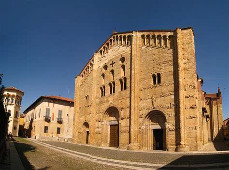 san michele pavia file basilica di san michele maggiore pavia jpg