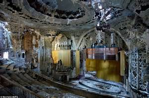 Disney Car Curtains Detroit S Derelict Buildings Provide Booming Industry For