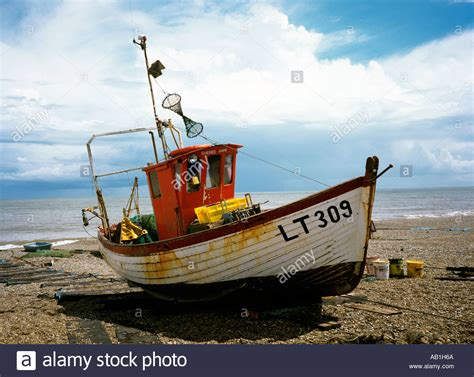commercial fishing boat jobs uk uk suffolk aldeburgh fishing boat on the beach stock photo