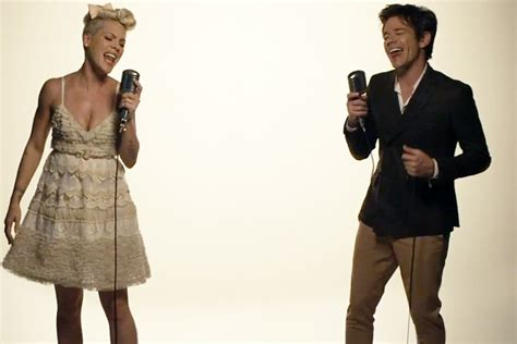 pink just give me a reason testo accordi chords e testo di just give me a reason di pink ft