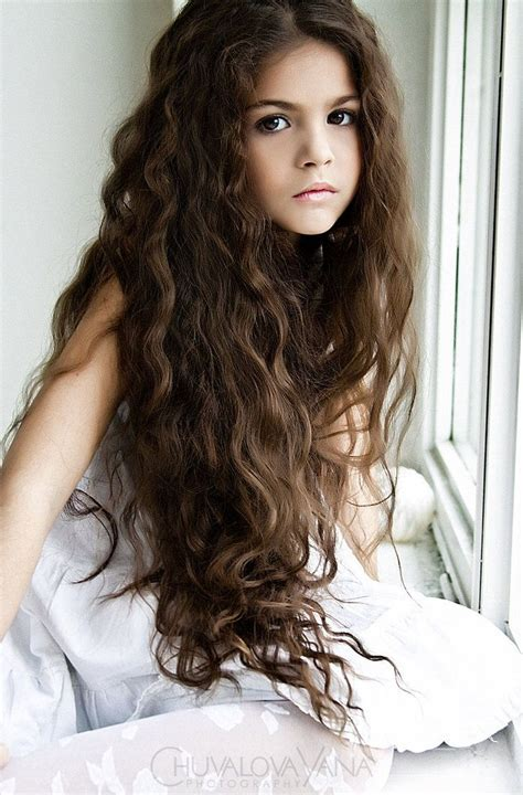 beautiful little girls hairstyles for long hair 8 stylish and trendy long hairstyles for school girls hair