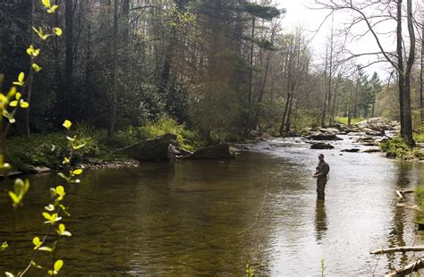 the of angling wherein are discovered many secrets necessary to be knowne by all that delight in that recreation classic reprint books fishing the high country