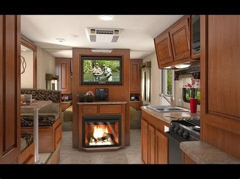2014 lance 2295 travel trailer