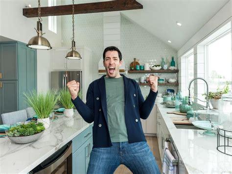 drew scott house house makeover shows drew scott s stunning galveston beach house makeover brother vs