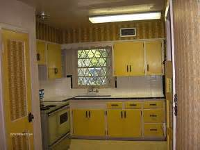 Avocado green oven yellow cabinets 1970s kitchen old d 233 cor port