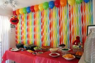Decorating Ideas With Streamers Get Your Craft On Elmo S World Birthday Streamer Wall