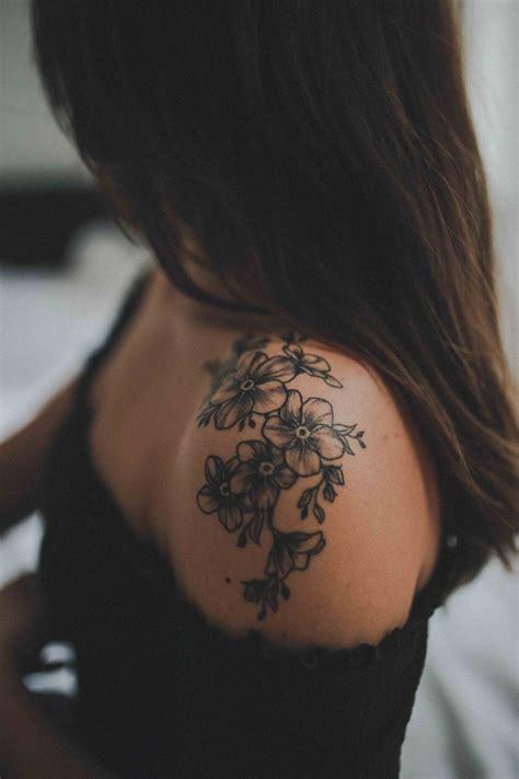 Kleine Blumen Tattoos 5237 kleine blumen tattoos fische sternzeichen tattoos 30
