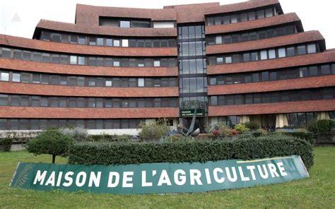 chambre de l agriculture deux employ 233 s de la chambre d agriculture 64 sont sans