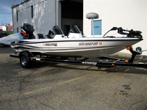 stratos boat colors bender s stratos 285 xl