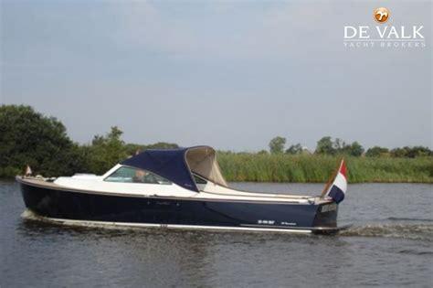 loosdrecht eiland te koop long island 33 runabout motorboot te koop jachtmakelaar