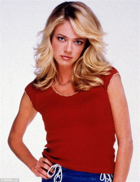 lisa robin kelly that 70s show laurie family of that 70s show actress lisa robin kelly suing
