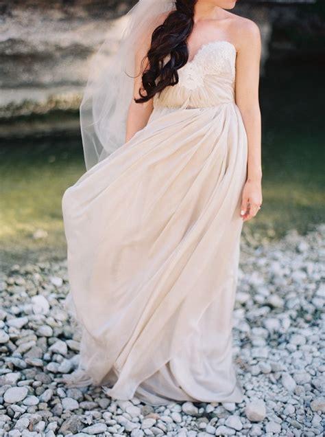 lakeside lavender wedding inspiration shoot modwedding