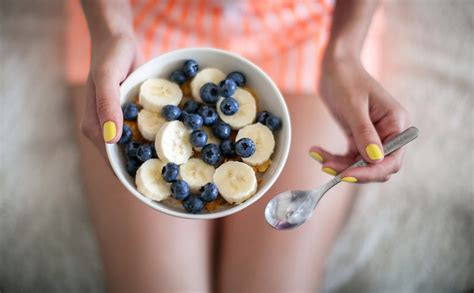 alimenti per il colon irritabile alimenti adatti per il colon irritabile cibi aiutano