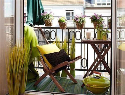 decorate  long narrow balcony   homeyour