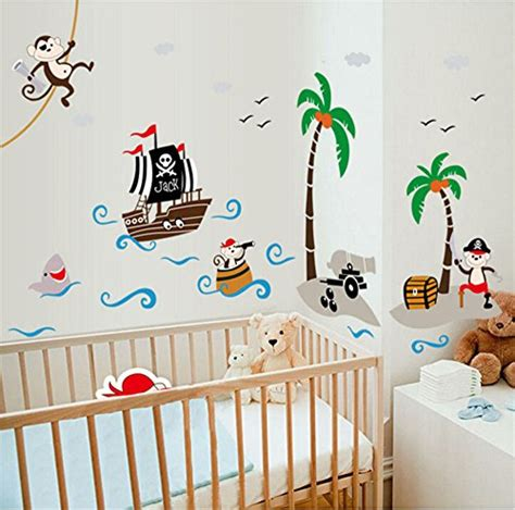 wandtattoo kinderzimmer piratenschiff wandtattoo pirat auf piratenschiff f 252 rs kinderzimmer