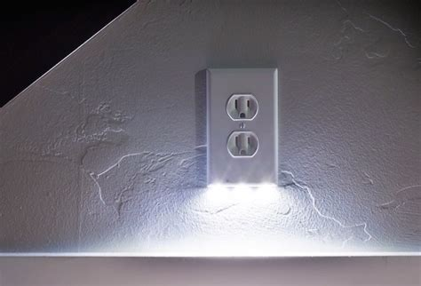 plug plate night light perfect for kids guests and seniors b r nelson designs llc