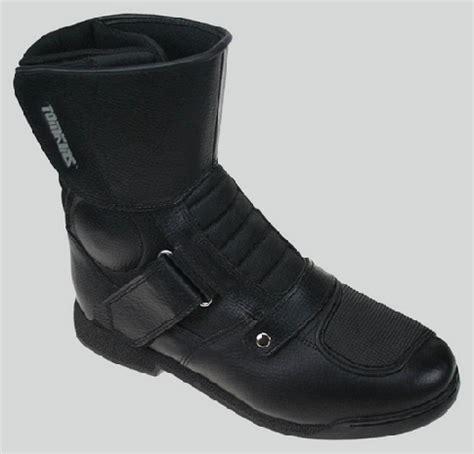 Sepatu Tomkins Easy Boot sepatu turing tomkins easy boot intips otomotif