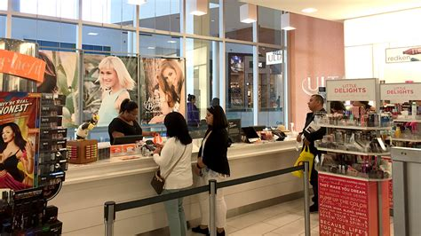 ulta hours ulta eps guidance is blemish on priced for
