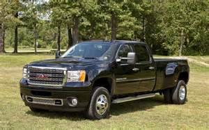 Pickuptrucks com and mrtruck com heavy duty 2010 truck shootout quot