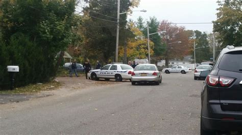 Search Warrant Execution Descend On Riverhead Home With Search Warrant Riverhead News Review