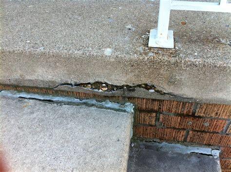 How do I repair the bottom lip of a concrete slab?   Home