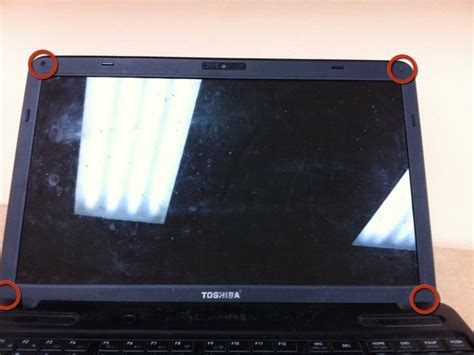 toshiba satellite   lcd screen replacement