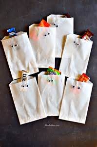 Halloween Trick Or Treat Bags Diy Halloween Treat Bags And A Halloween Candy Cookie Bars Recipe About A Mom