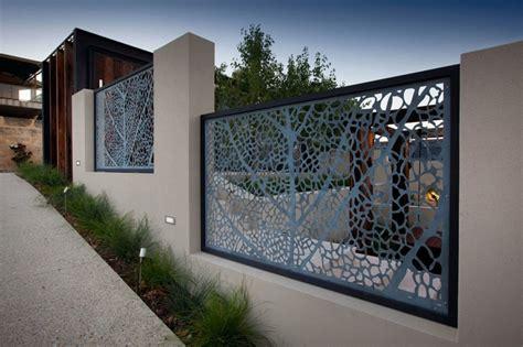 outer wall design sichtschutz aus lochblech f 252 r garten und balkon