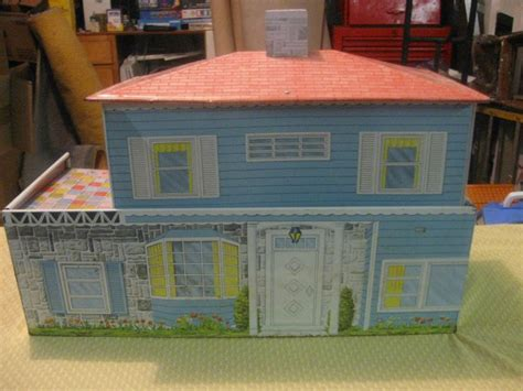 metal doll houses 12 best vintage tin doll house images on pinterest vintage tins dollhouses and