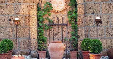 Ziegelsteinmauer Im Garten by Gartenmauer Planen Bauen Und Tipps Mein Sch 246 Ner Garten