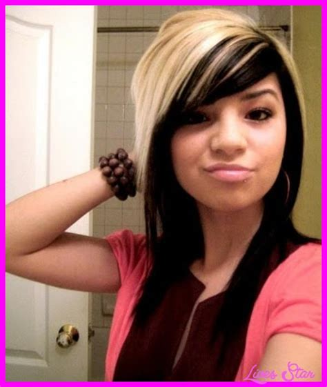 emo hairstyles with bangs emo long haircuts with side bangs livesstar com