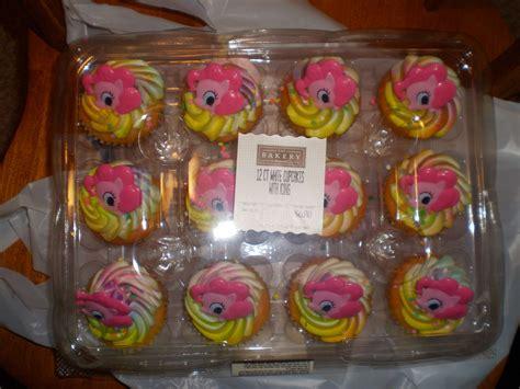 walmart  sells fim cakes  cupcakes mylittlepony