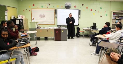 Suffolk County Supreme Court Search Suffolk Justice Visits Riverhead Class To Answer Questions About The Criminal