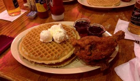 roscoe s house of chicken waffles chicken and waffles picture of roscoe s house of chicken and waffles long beach