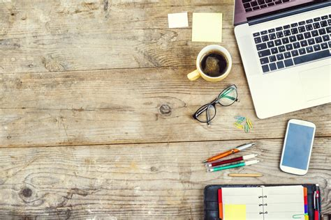 Desk Marketing Communication by The Ultimate Desk Simplek12