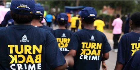 Toko Kaos Kaos Terbaru Turn Back Crime Polisi 2 Bahaya Mengintai Warga Pakai Kaos Turn Back Crime