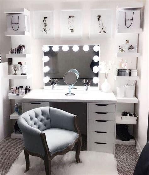 decorate  makeup room beauty  walks