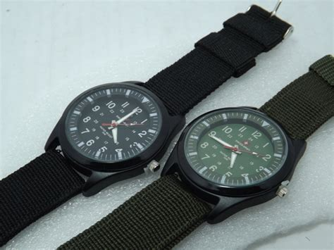 Jam Tangan Hush Puppies Original Dan Kw jam tangan swiss army kanvas jual swiss army kw