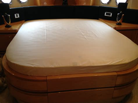 marine bedding custom made boat bedding from marine bedding