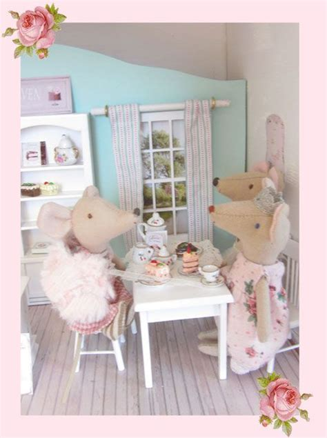 mia dolls house bookcase 1000 images about isabelle maileg dollhouse on pinterest pink princess dress mice and bunnies