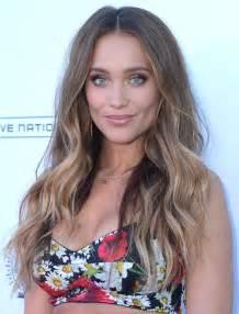 Hannah jeter long wavy cut hair lookbook stylebistro