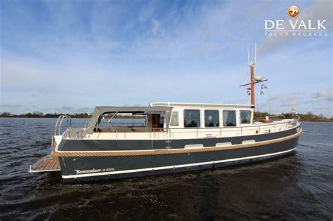 motorboot jetten jetten bommelaer 52 sedan motorboot te koop