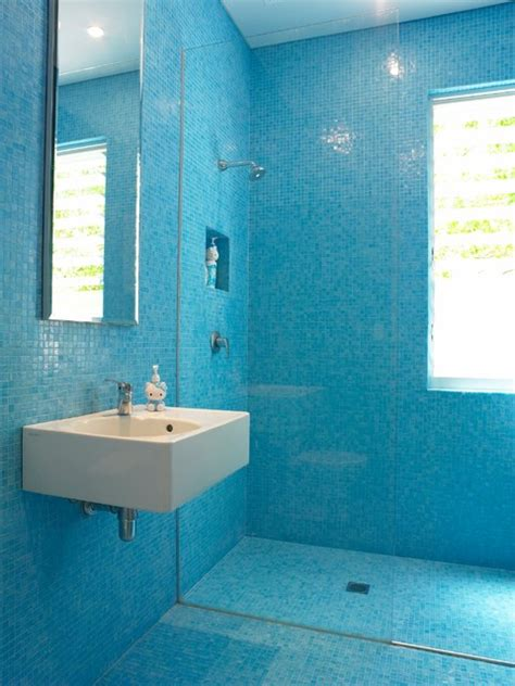 Blue Mosaic Badezimmeraccessoires by Colour In Our Residential Architecture Contemporary
