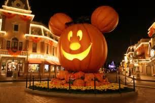 Disneyland s halloween time