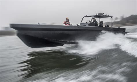 boat suspension seats australia the m10 roughneck by ophardt ullman dynamics world