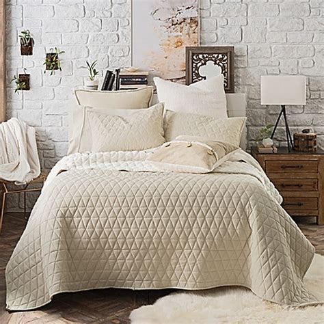 coverlet for bed buy ugg 174 tahoe reversible twin quilt in cream from bed
