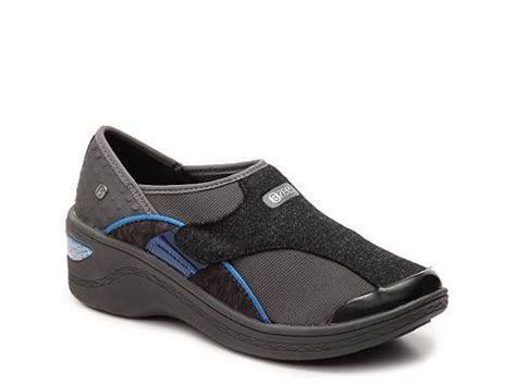 dsw comfort shoes bzees darling slip on dsw