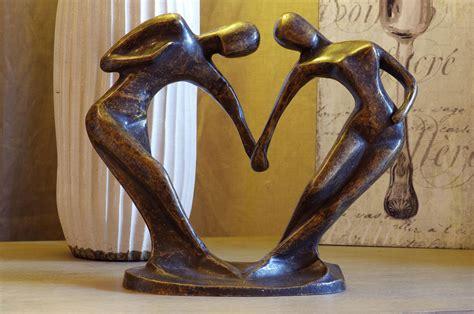 moderne beelden voor in huis abstract bronzen beeld danspaar kopen gerichtekeuze
