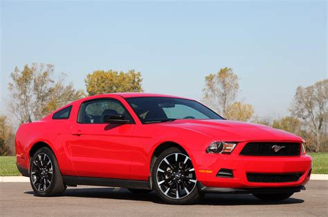 2012 mustang v6 engine 2012 ford mustang v6 review photo gallery autoblog