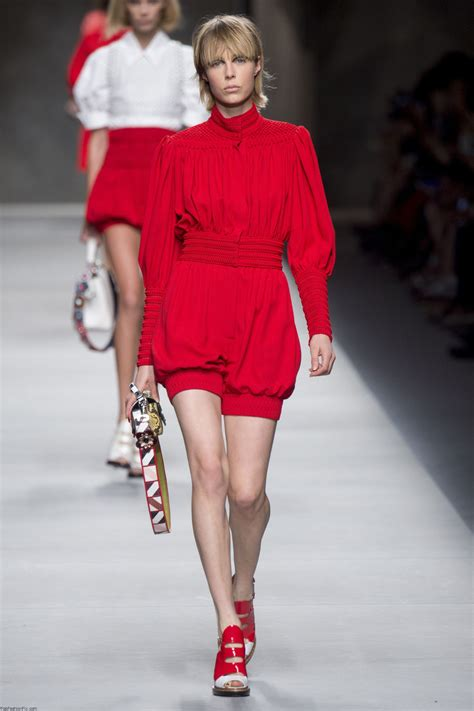 10 Ways To Become Runway Ready 7 Days by Fendi Summer 2016 Collection Milan Fashion Week